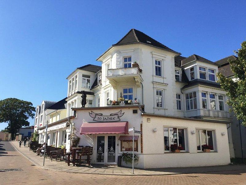 Haus Skanska - Appartement Vimmerby, holiday rental in Seebad Ahlbeck