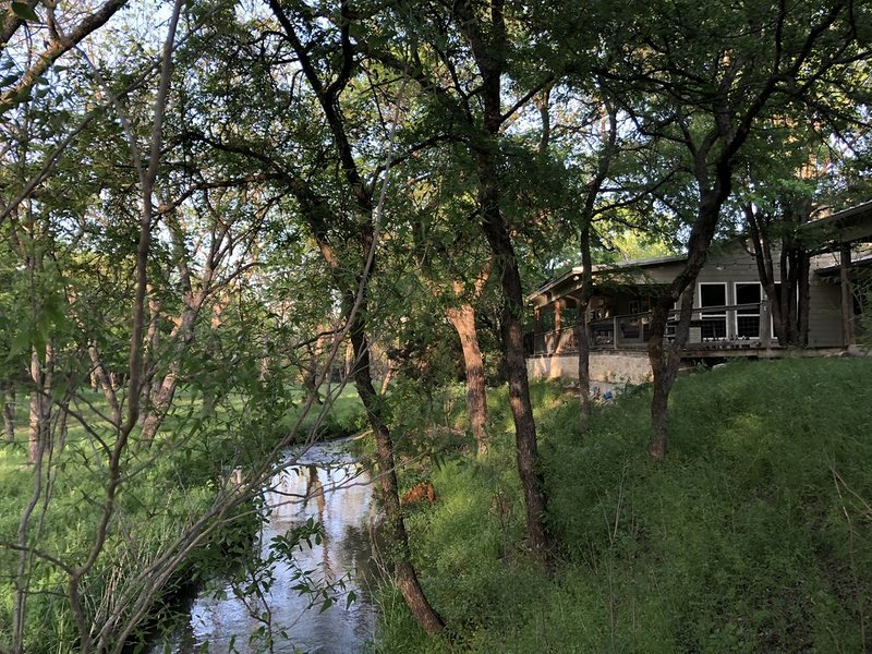 Room for Many - Retreat on the creek, holiday rental in Pontotoc