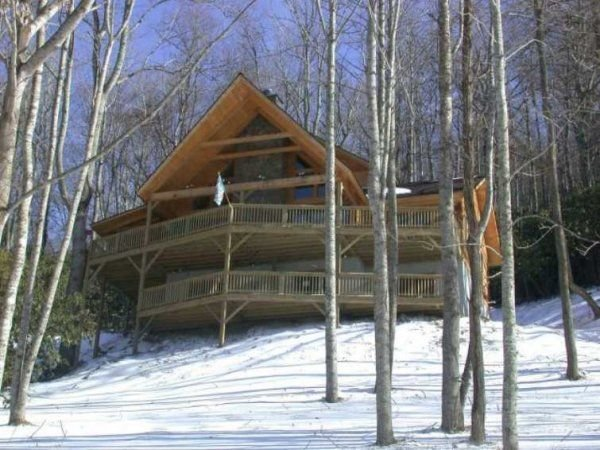 Valle Crucis 4 bedroom 3.5 bath Log Cabin, holiday rental in Vilas