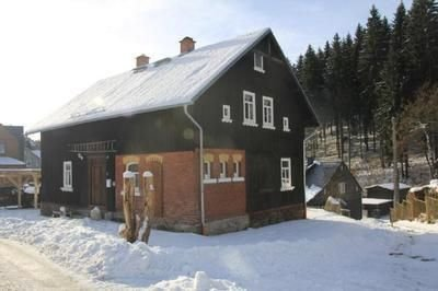 Apartment Klingenthal for 4 - 6 people with 3 bedrooms - farmhouse, aluguéis de temporada em Bergen