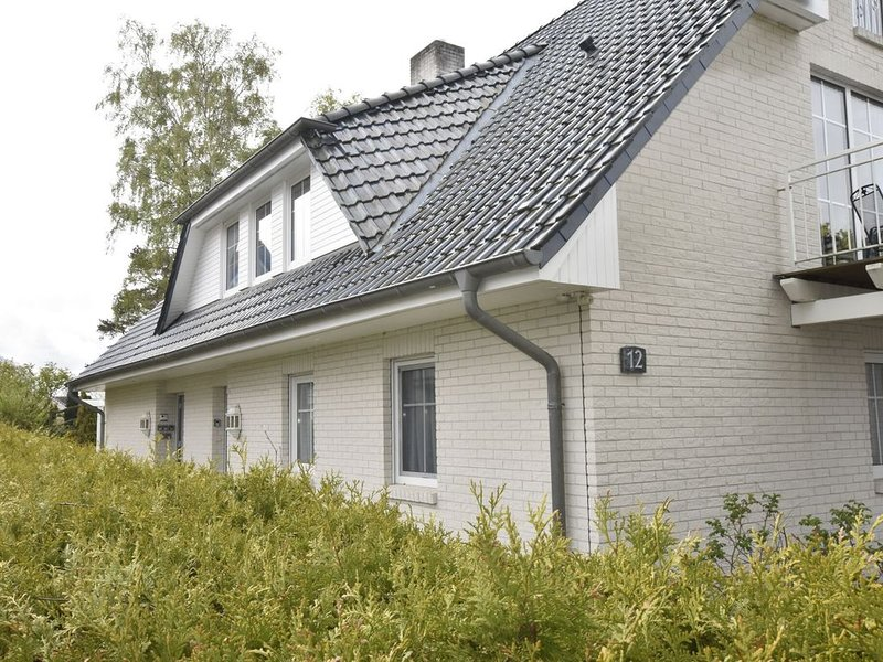 Cozy Apartment in Zingst Germany with Terrace, vacation rental in Zingst