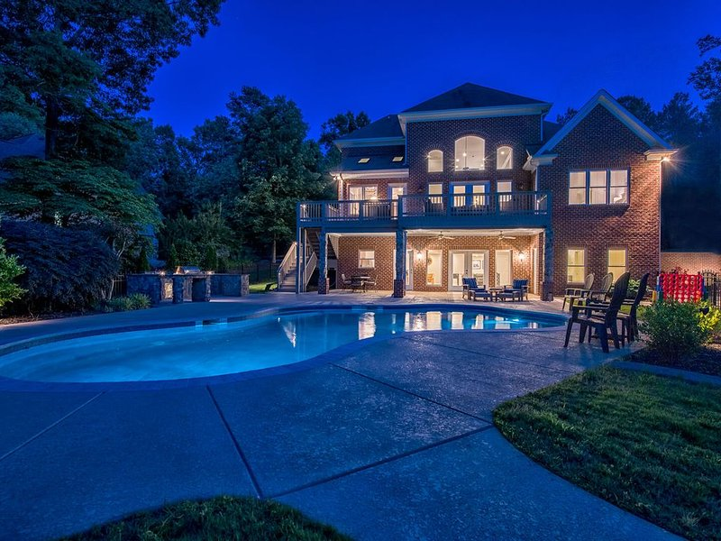 Lake Norman Luxury Vacation Rental: Home theater  | Pool | Private dock, vacation rental in Mooresville