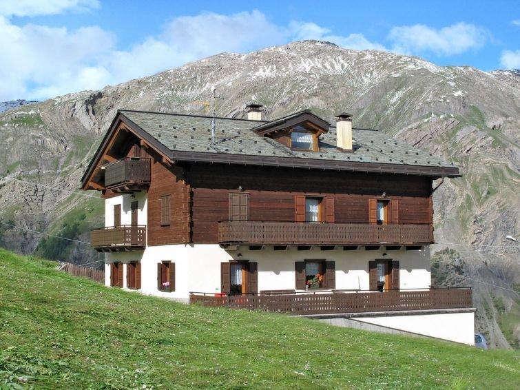 Ferienwohnung Guido (LII698) in Livigno - 4 Personen, 2 Schlafzimmer, vacation rental in Trepalle