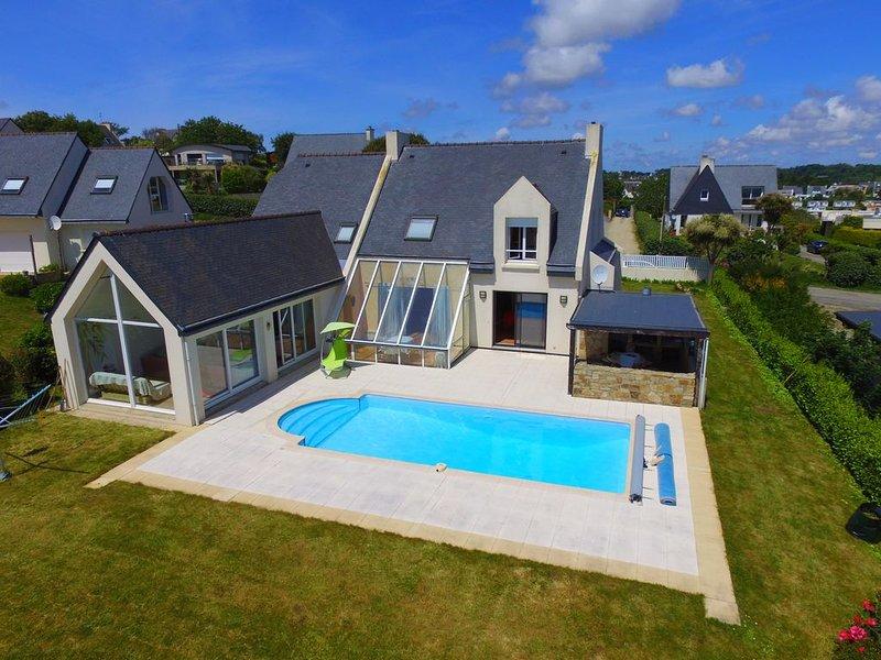 PL14     Maison indépendante avec piscine et vue mer panoramique, alquiler vacacional en Plouzane