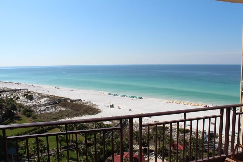 March rates Reduced by 15% Great views! 10th floor. 5- 2 Bedrooms Available!, holiday rental in Sandestin