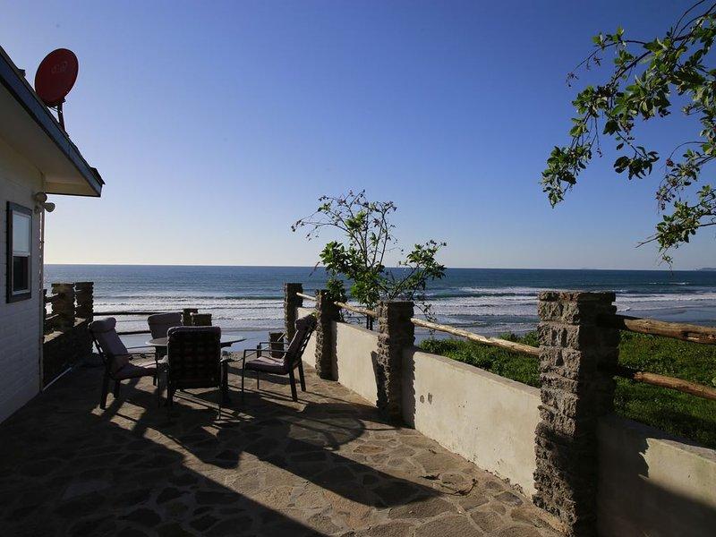 Amazing Ocean Front house, Ferienwohnung in Baja California Norte