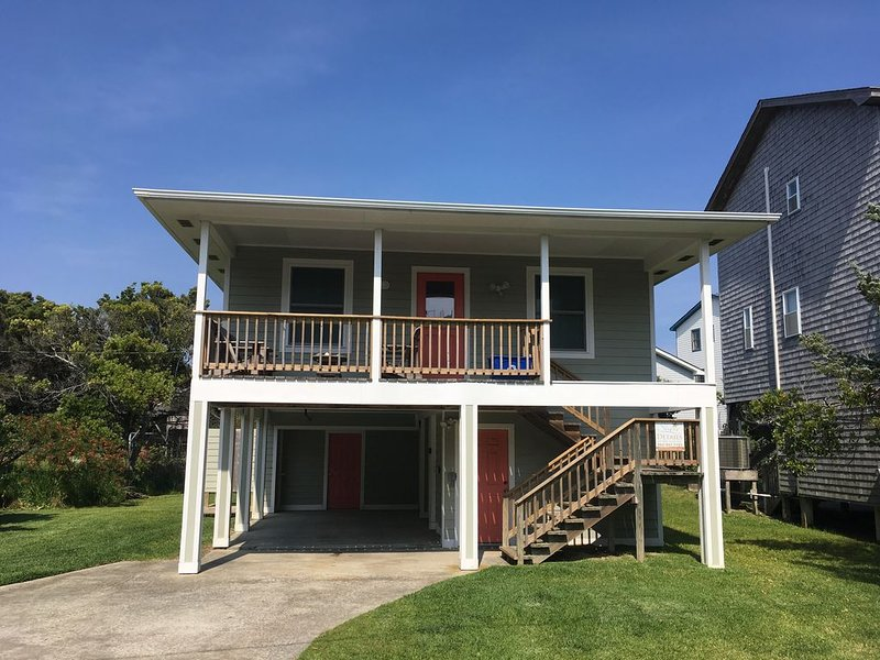 Easy Beach/Marina Access, Book NOW for the 2021 Season!, vacation rental in Hatteras