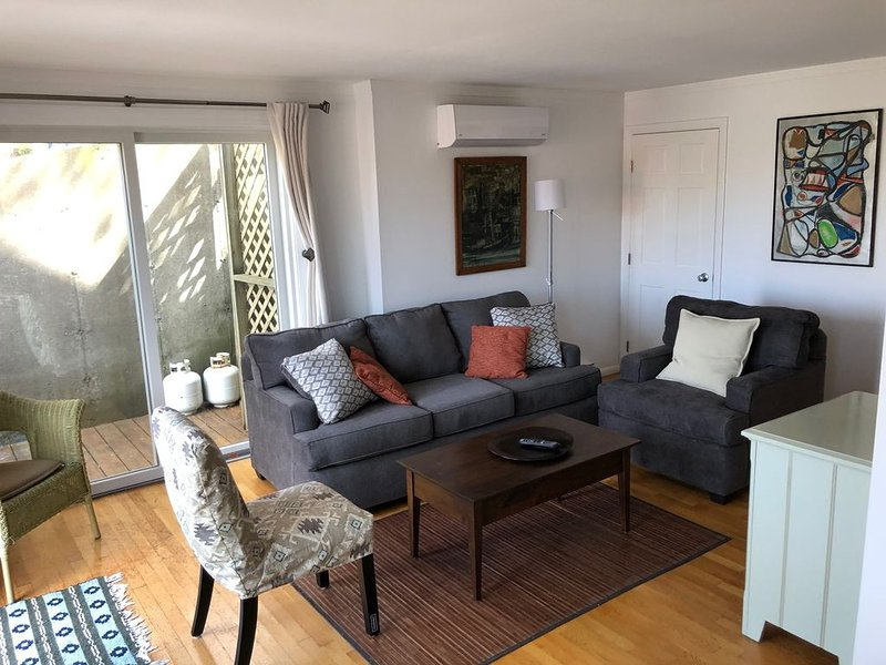 Newer Townhouse in a Quiet and Convenient Location, vacation rental in Provincetown