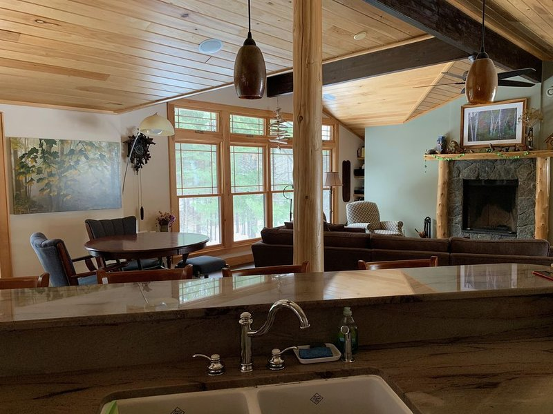 Enjoy in Village Seclusion, alquiler de vacaciones en Lake Placid