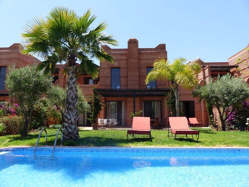 Villa avec piscine vue sur Golf et l'Atlas - Resort Les Jardins de l'Atlas, holiday rental in Lagouassem