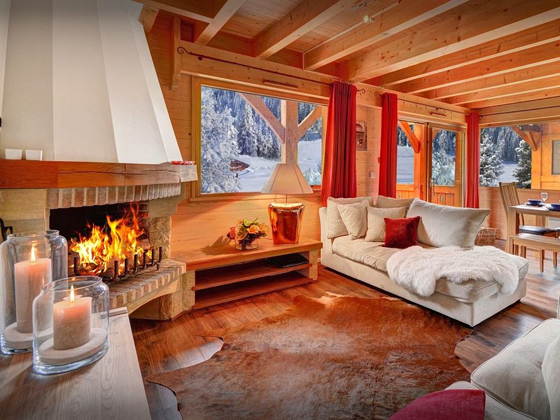 Chalet convivial 4 étoiles avec jacuzzi, à 100 m des pistes - OVO Network, holiday rental in La Clusaz