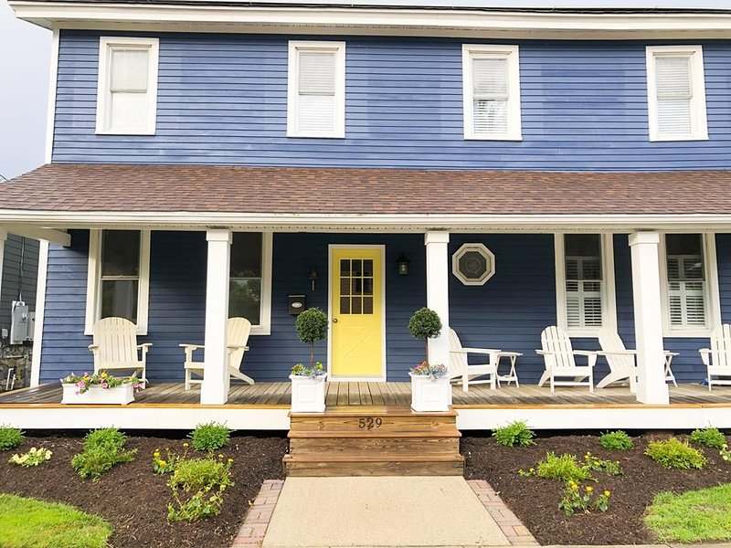 2 Blocks to Mall - 8 Minute Walk to Beach, vacation rental in Cape May