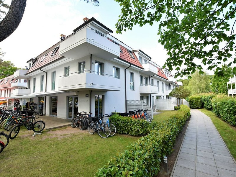 Modern Apartment in Ostseebad Boltenhagen near Forest, holiday rental in Tarnewitz