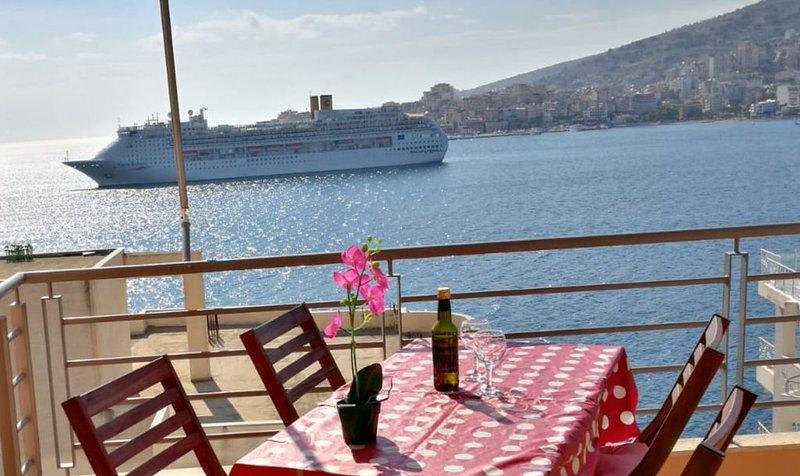 Incroyable vue sur la mer Ionienne et l'ile de CORFOU, holiday rental in Saranda