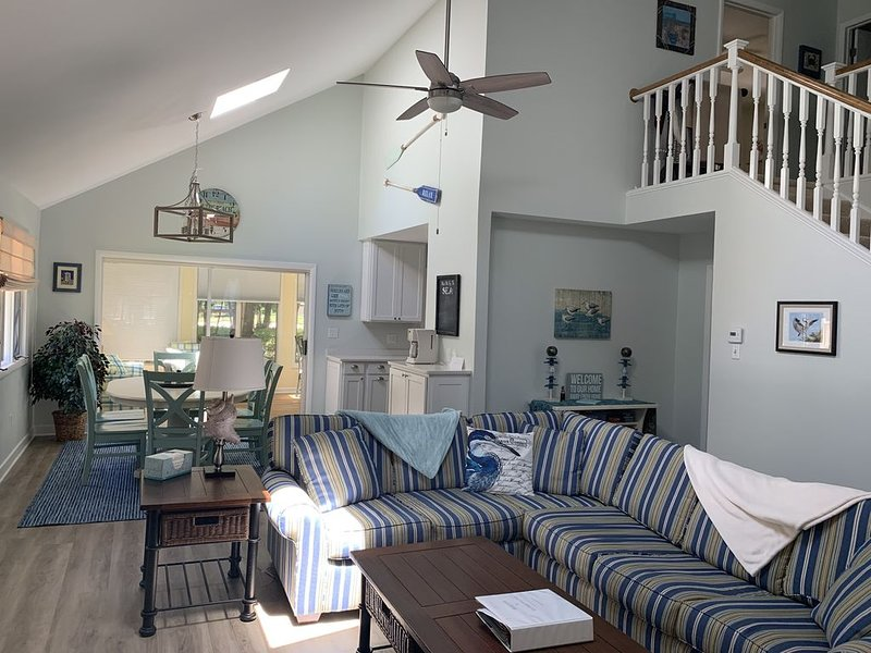 Newly Renovated Home With Impressive Views Of The 7Th Green!, holiday rental in Ocean Pines
