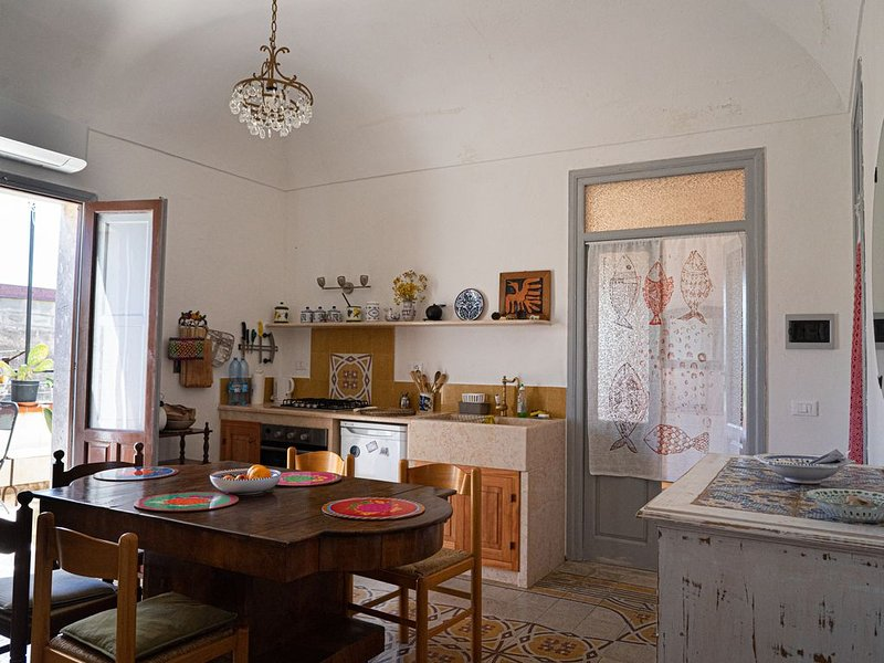Large apartment in the historical center of Favignana (Egadian Islands, Sicily), holiday rental in Aegadian Islands