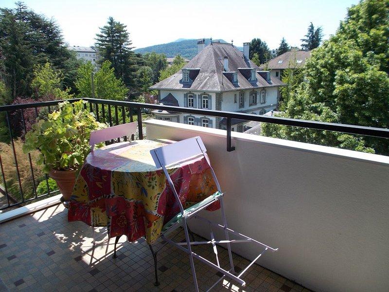 LAC & MONTAGNES-Natation-Baignades-Marche en montagne_Culture-Restaurants-Shop.., location de vacances à Argonay