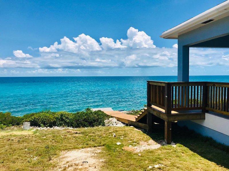Sea Grapes - Amazing Ocean Views plus a Pool, location de vacances à Rainbow Bay