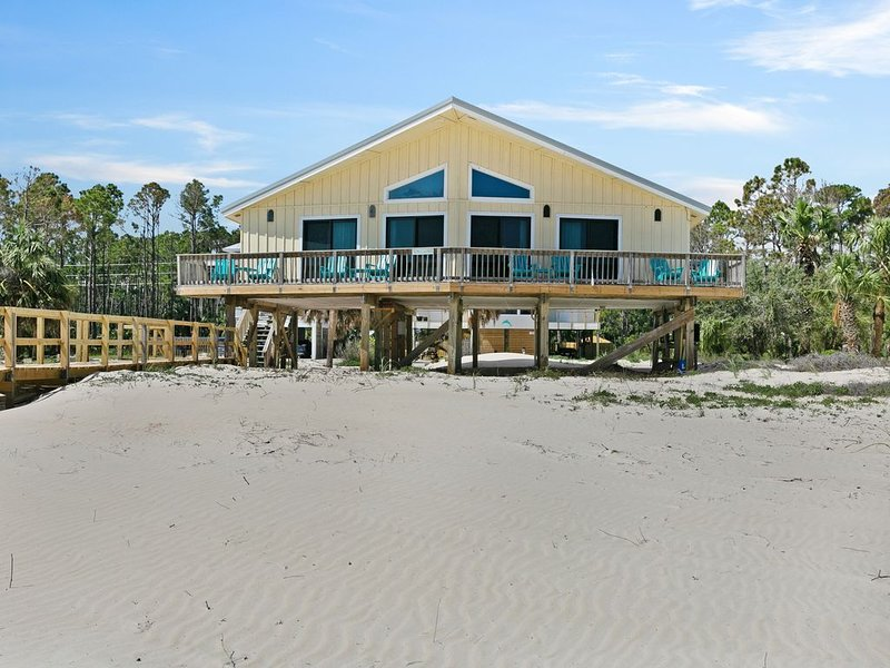 Dog-friendly, beachfront home w/ panoramic ocean views from the sundeck, holiday rental in Port Saint Joe