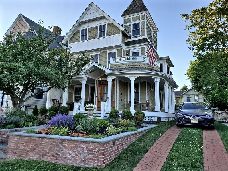Beautiful 1882 Asbury Park Victorian, vacation rental in Asbury Park