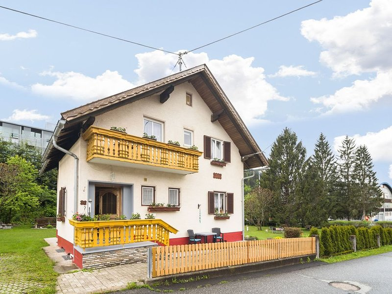 Apartment in Tröpolach with Swimming Pool, Garden, Balcony, alquiler de vacaciones en Hermagor