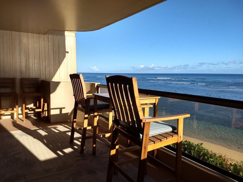 Spacious, Tranquil, Beachfront Condominium, vacation rental in Waialua