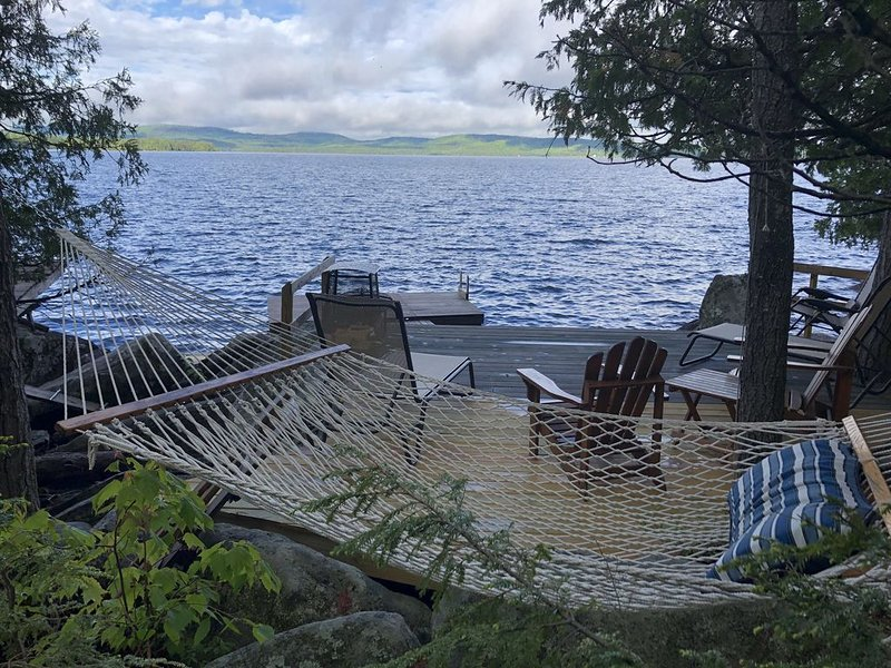 Off the Grid Privacy... Green Rental on Sebec's 'Big Lake', holiday rental in Sebec