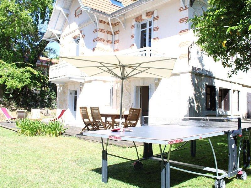 PROMO Très bel Appart dans maison arcachonnaise ,dans un site classé - ARCACHON, vacation rental in Arcachon