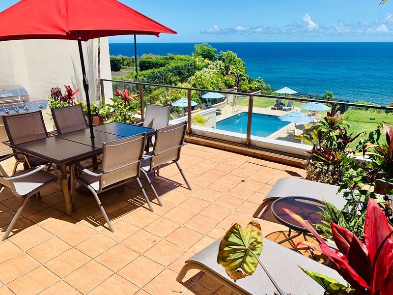 BREATHTAKING OCEANFRONT Pu'u Poa Condo, vacation rental in Princeville