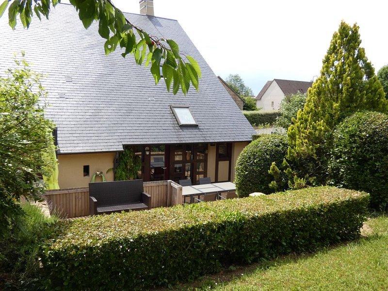 Gîte Des Vignes et son Annexe à SANCERRE, casa vacanza a Berry