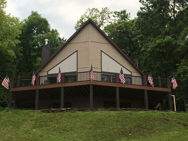 Rent Your Own  Resort On Table Rock Lake, casa vacanza a Ridgedale