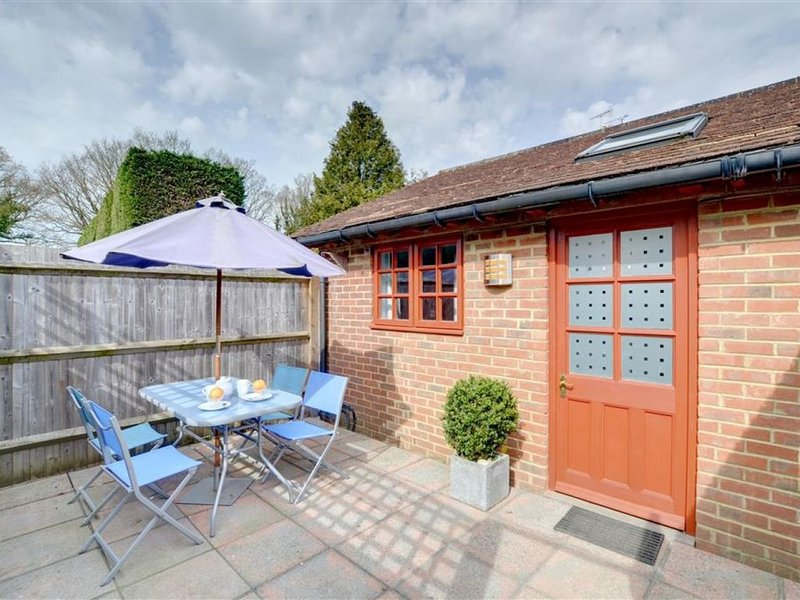 Cresslands - One Bedroom House, Sleeps 2, location de vacances à Headcorn