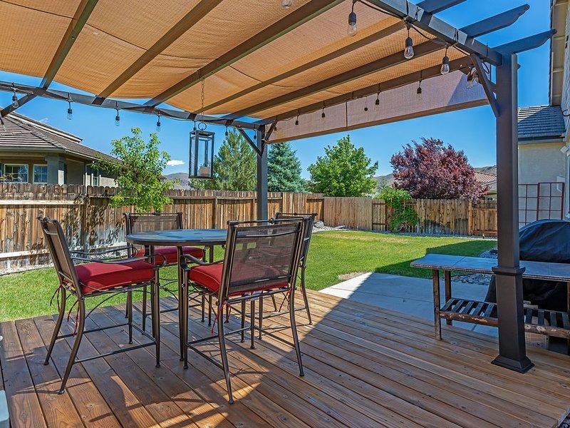Private Luxury Home Close to Lake Tahoe, aluguéis de temporada em Reno