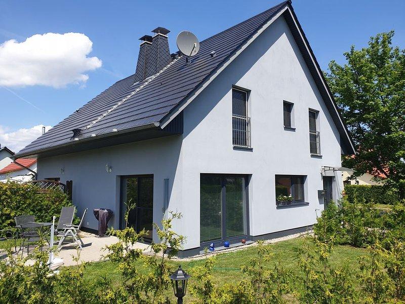 Familienfreundliche Ferienhaus in Walow, holiday rental in Goehren-Lebbin