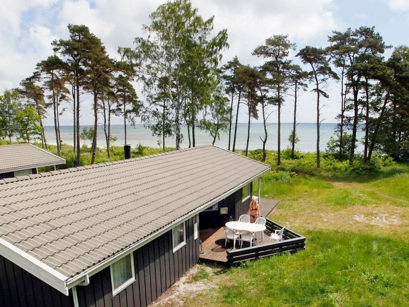 Cozy Holiday Home in Nexo with Sauna, vacation rental in Bornholm