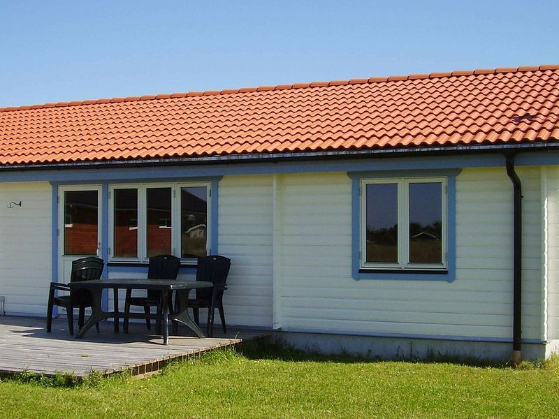 Spacious Holiday Home in Rodby Denmark with Terrace, vacation rental in Nakskov