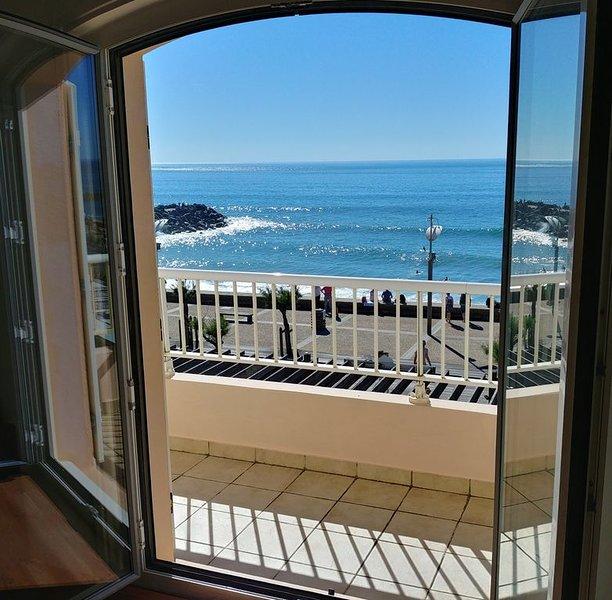 Appartement 120 m² avec vue et accès direct sur la mer, location de vacances à Anglet