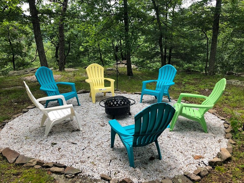Panoramic Mountain Views at this Newly Renovated  Home on a Peaceful cul de sac – semesterbostad i Bushkill