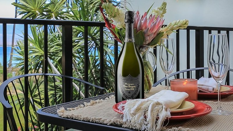Maui Steps from the Sand, A/C in both bedrooms. *Makani A Kai B8*, Ferienwohnung in Wailuku