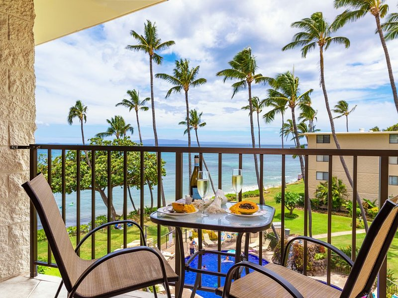 Maui Right on the Beach! Very Nice and Just Steps to the Sand! * Kanai A Nalu 41, Ferienwohnung in Wailuku