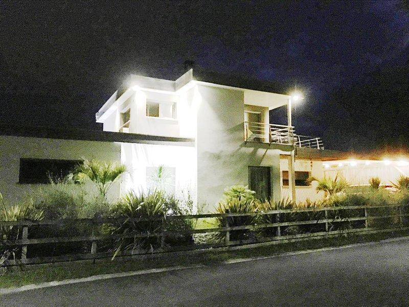 VILLA MODERNE CLIMATISEE CAPBRETON   4 CHAMBRES, vacation rental in Capbreton