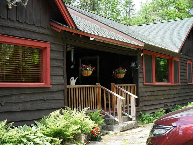 Adirondack style home in Lake Placid, NY, aluguéis de temporada em Lake Placid