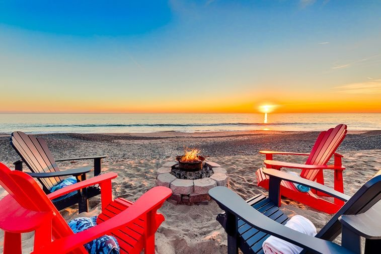Easily take your lounge chairs out onto the sand and bask in a beautiful western sunset amidst the warmth of a fire pit.   Please note, the condition of the beach is subject to weather and tidal conditions as well as the time of year.