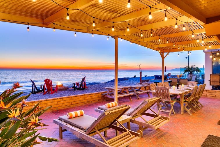 15% OFF MAR! Beachfront Home, Stellar Deck, Views + Perfect for Families, holiday rental in Dana Point