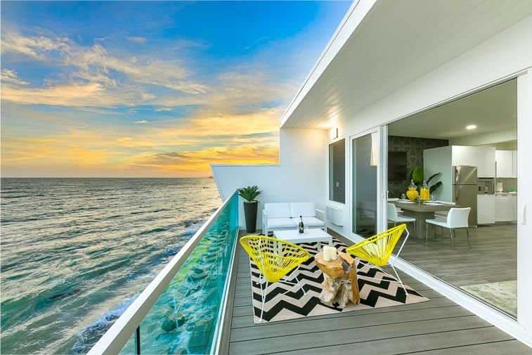 Oceanfront Home w/ Luxury Accommodations+Endless Views, holiday rental in Malibu