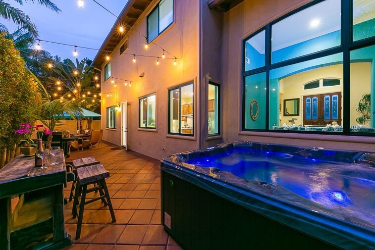 Welcome to 'Carlsbad Living at Surfside Ln.,' amazing back patio, 6 person Jacuzzi, BBQ, and dining for 6.