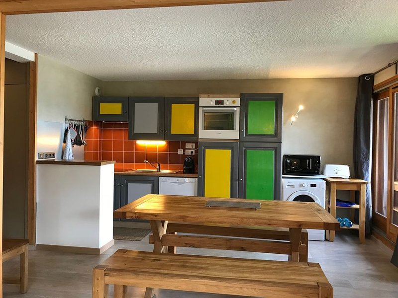 Apartment 3 rooms, 61 m2, 9 people to Coches- La Plagne, sauna, jacuzzi, vacation rental in Les Coches