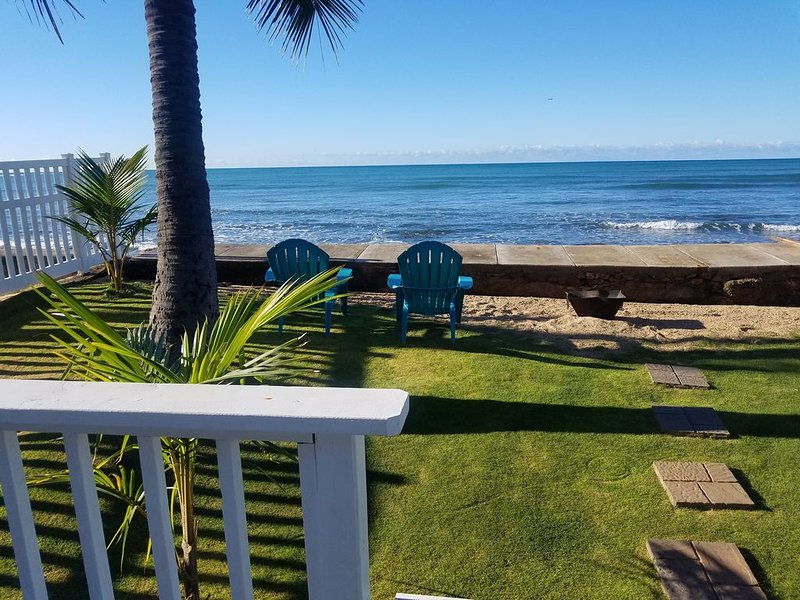 BEACH  COTTAGE ON THE  OCEAN 2 BEDROOM 2 BATHROOM . 30 day, contact for details, location de vacances à Waipahu