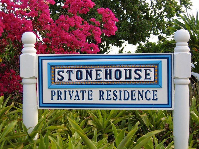 Larimar at Stonehouse, Quiet Waterfront View!, aluguéis de temporada em Benner