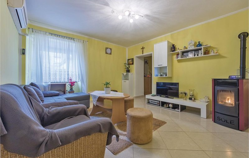 2 Zimmer Unterkunft in Galizana, holiday rental in Galizana